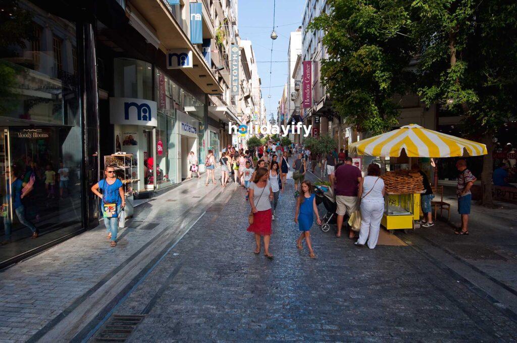 Atina Ermou Caddesinde Alışveriş, Yunanistan