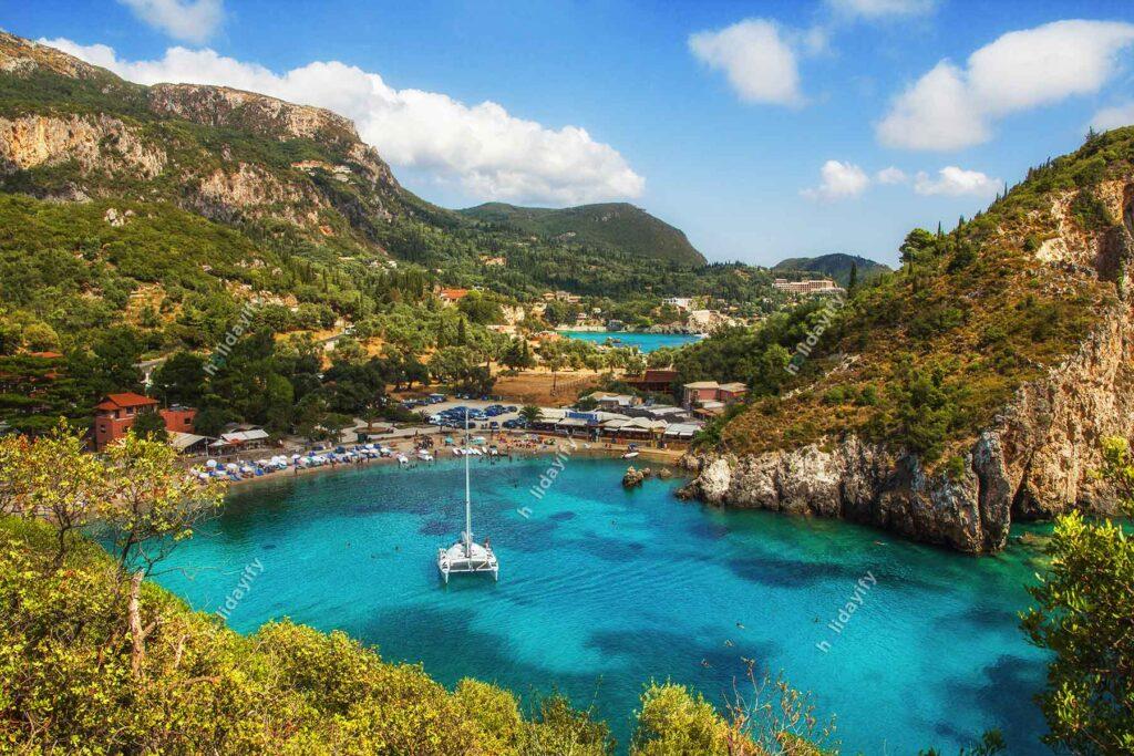 Paleokastritsa Koyu, Korfu Adası