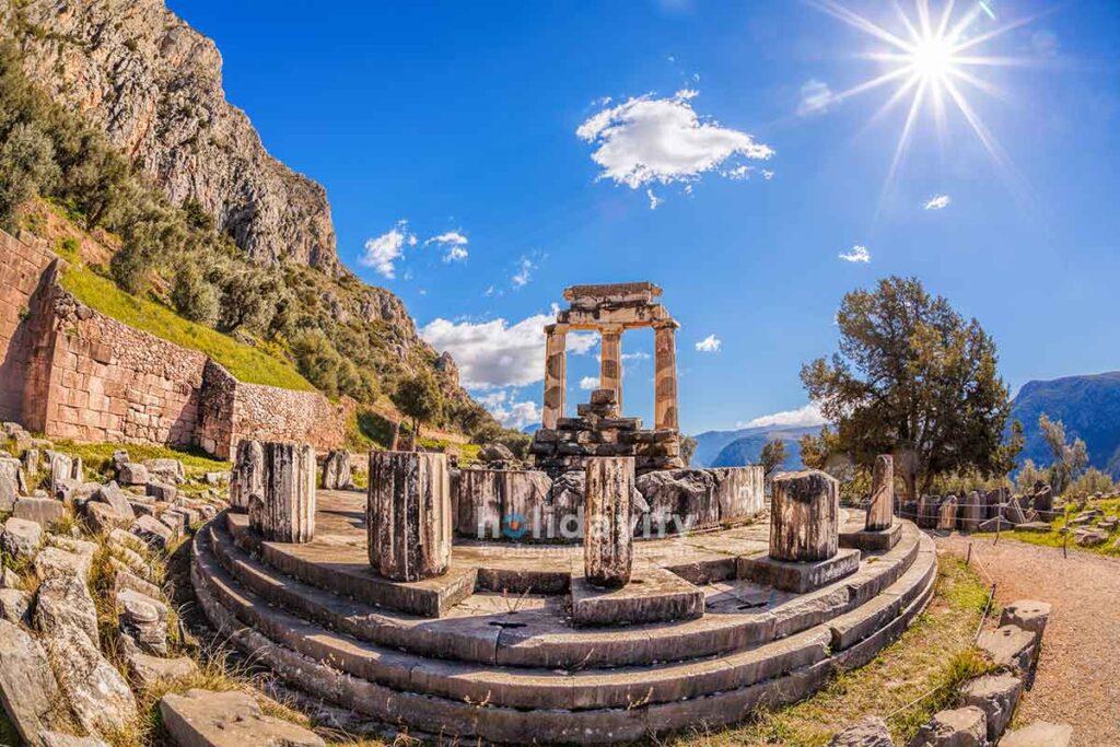Delfi tapınağı, Yunanistan