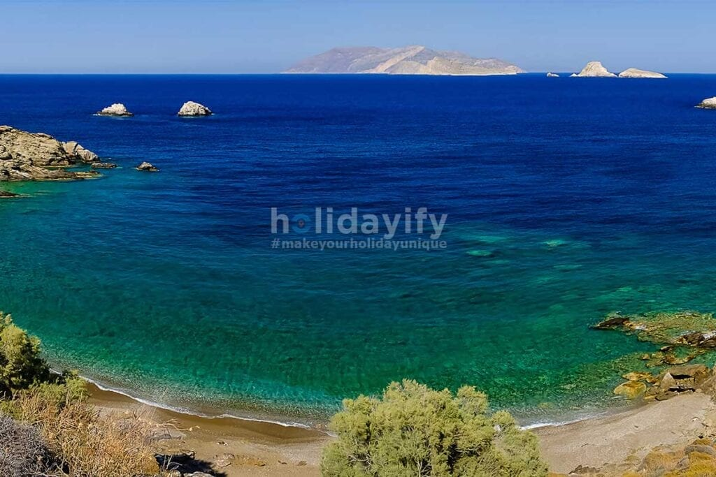 Vitsentsou, Folegandros Plajları