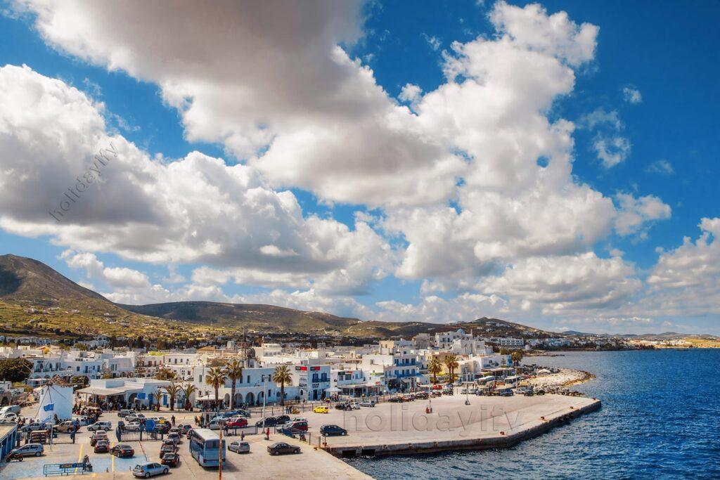 Naoussa Limanı, Paros
