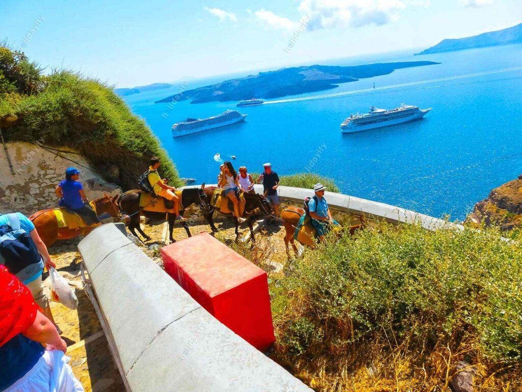 Santotini adası, eşek turu