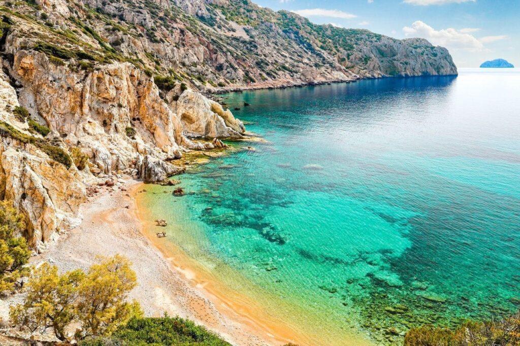 Vroulidia plajı