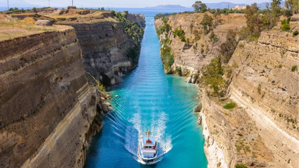 Korint Kanalı, Yunanistan
