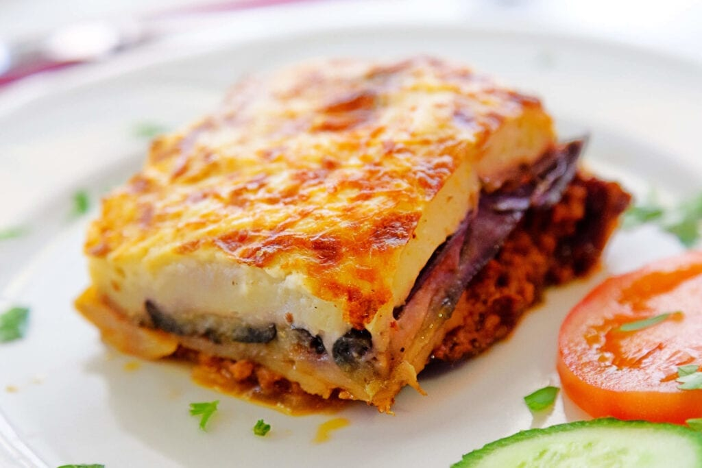 Moussaka (Musakka) - Yunan Mutfağı Yemekleri