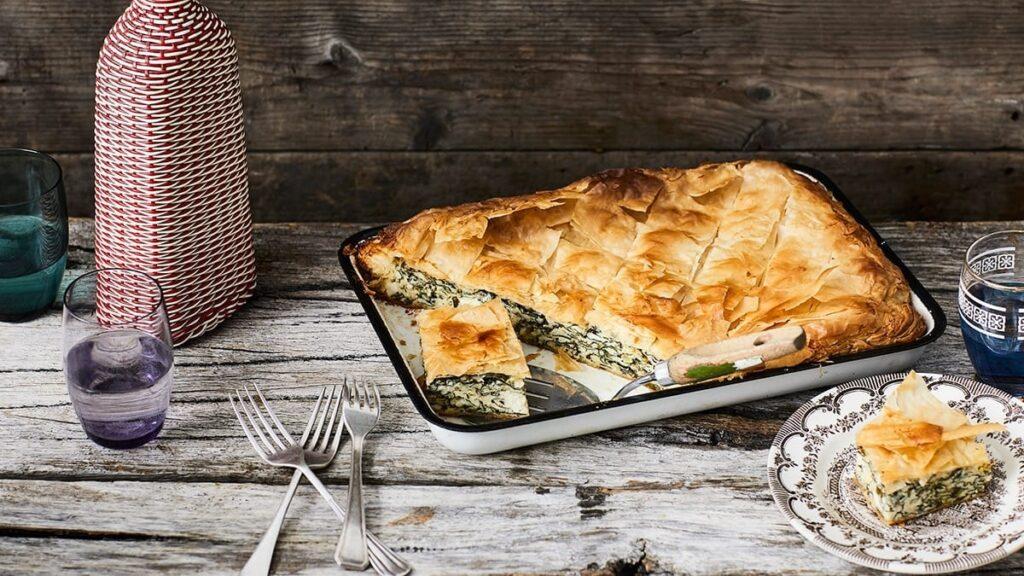 Ispanaklı Börek - Yunan Yemekleri