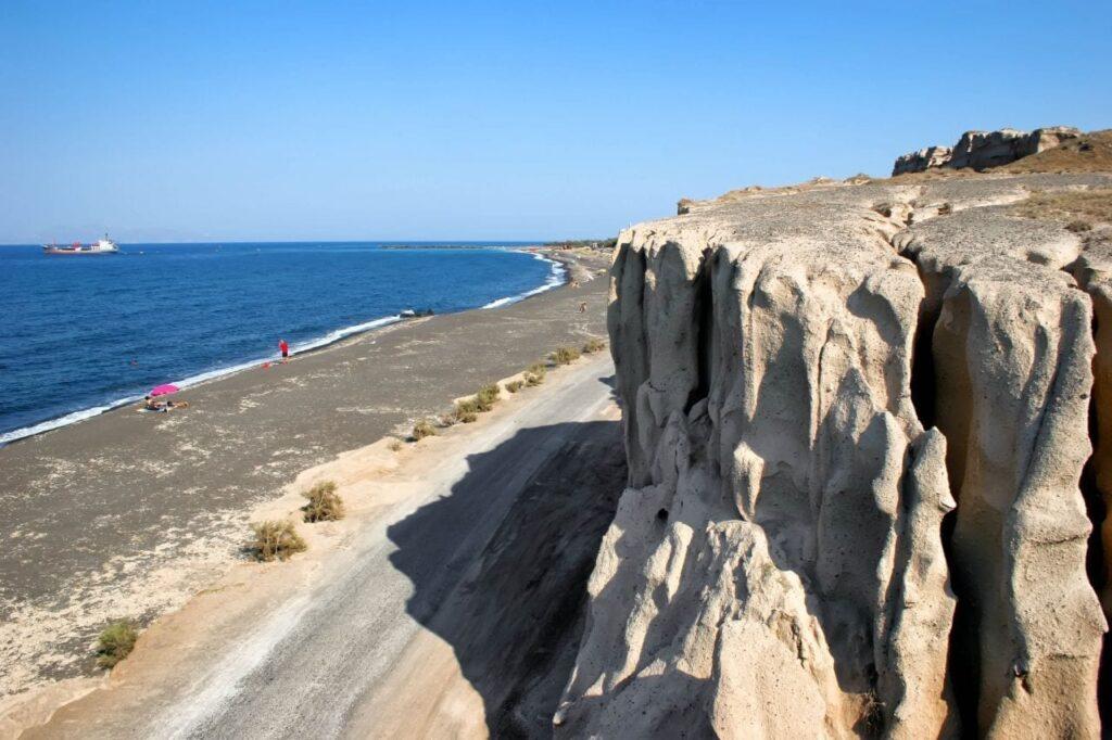 Monolithos Plajı, Santorini Plajları