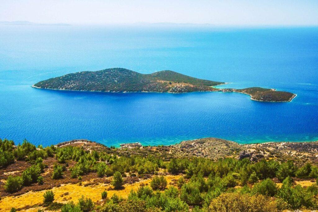 Samiopoula Adası