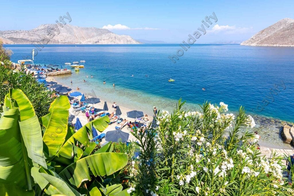 Nos plajı, Simi adası, Yunanistan