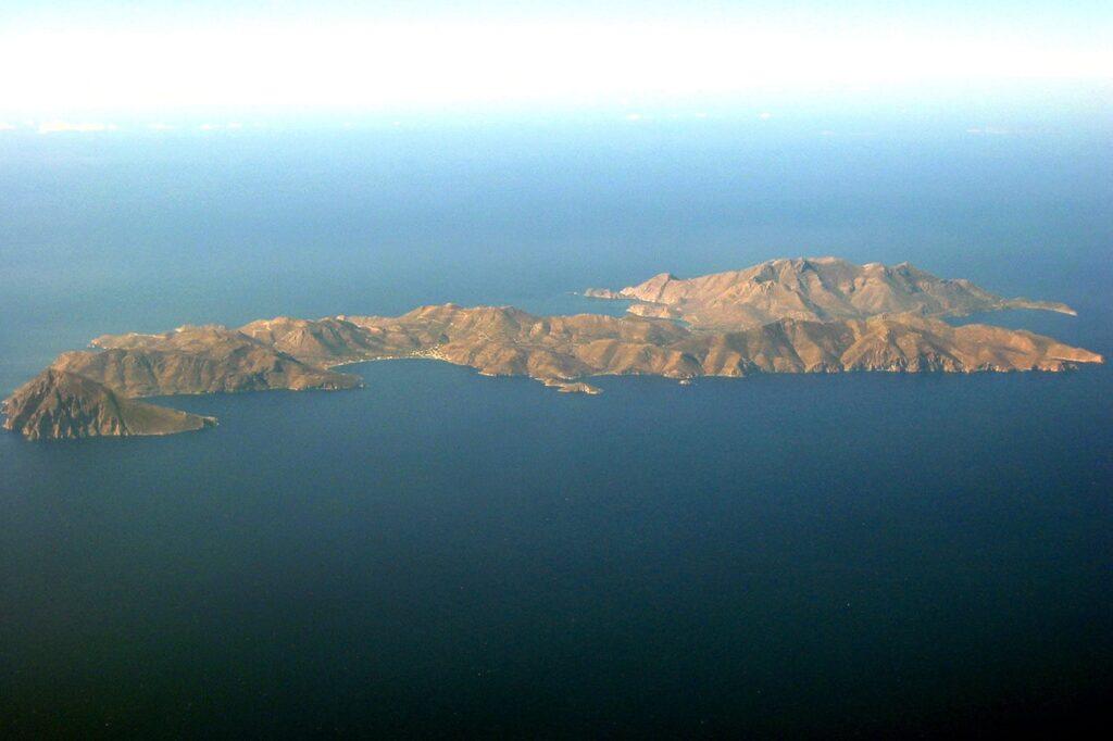 Kuş bakışı Tilos adası, Yunanistan