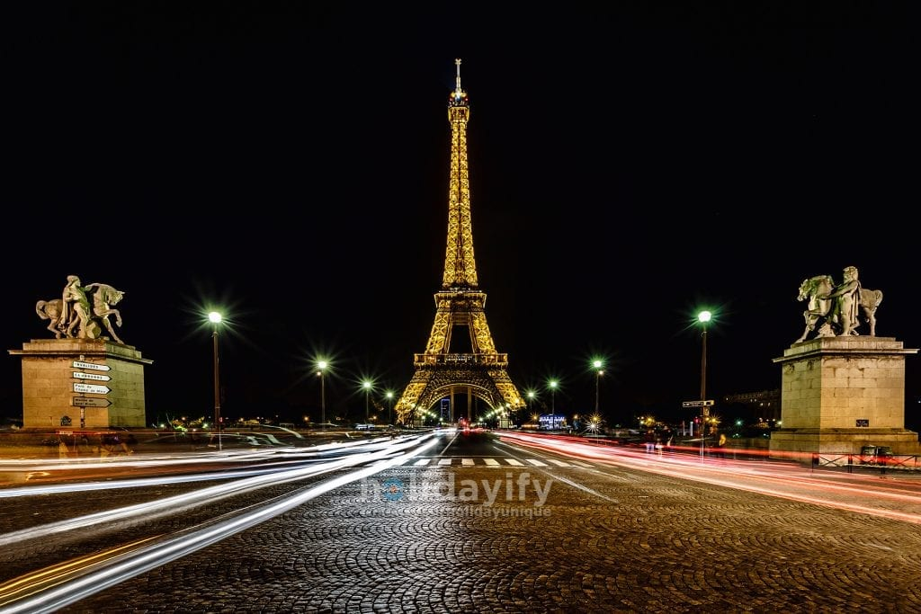 Big Night Picture in Streets on Paris