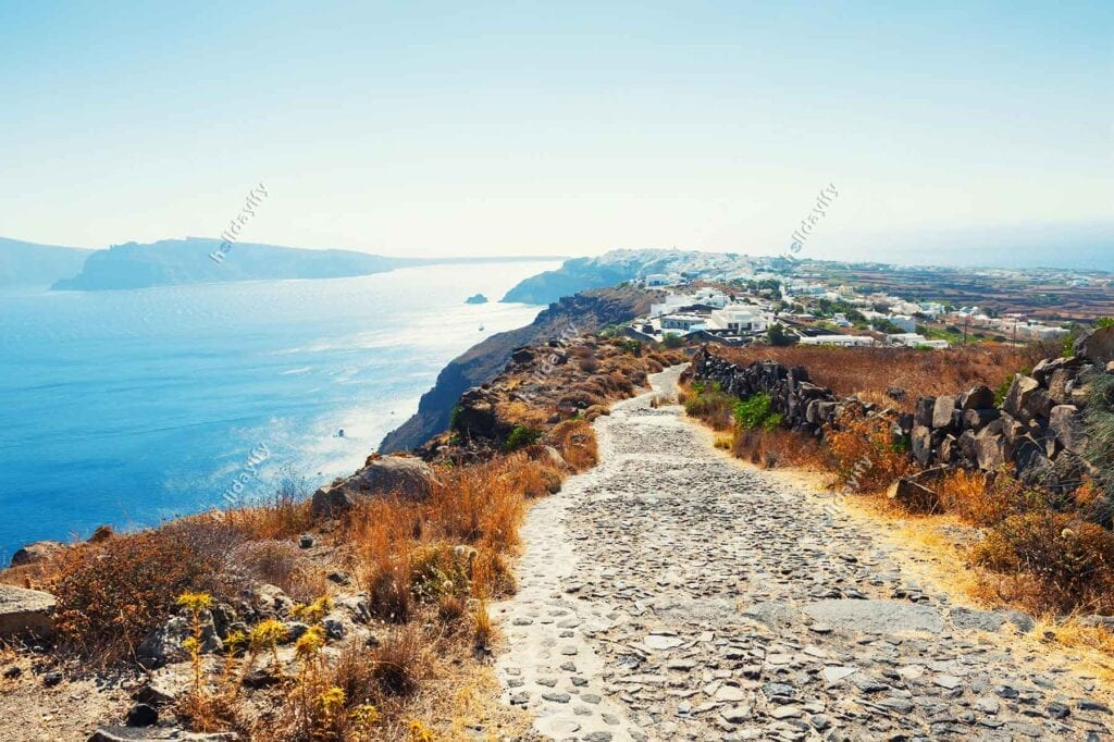 Best Things to Do & See in Santorini