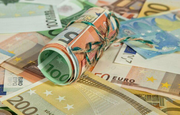 Currency in Mykonos