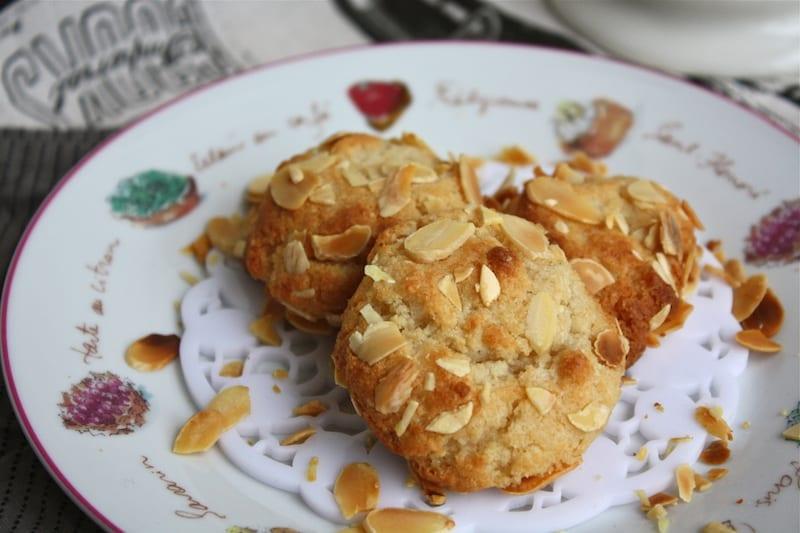 Amygdalota (Kurabiye) - Yunan Mutfağı Yemekleri