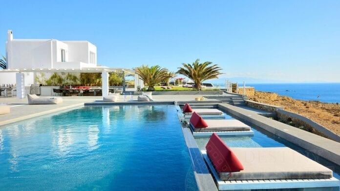 Luxury Destinations in Greece