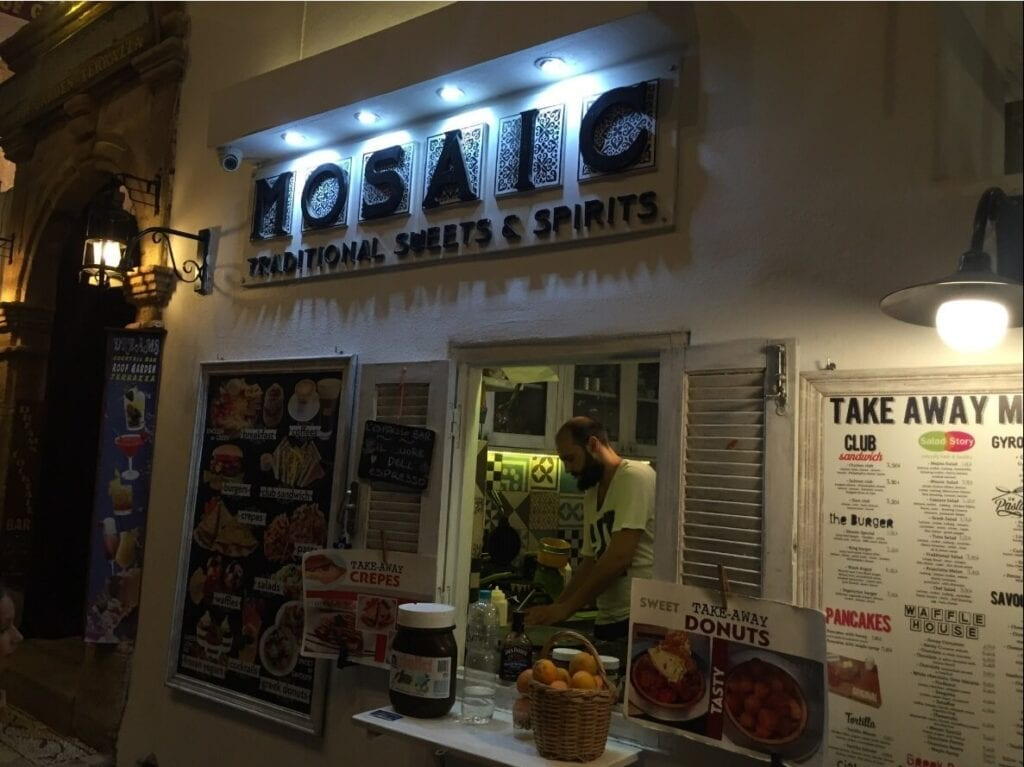 Greek Foods and Best Places to Eat in Rhodes Island | Holidayify.com
