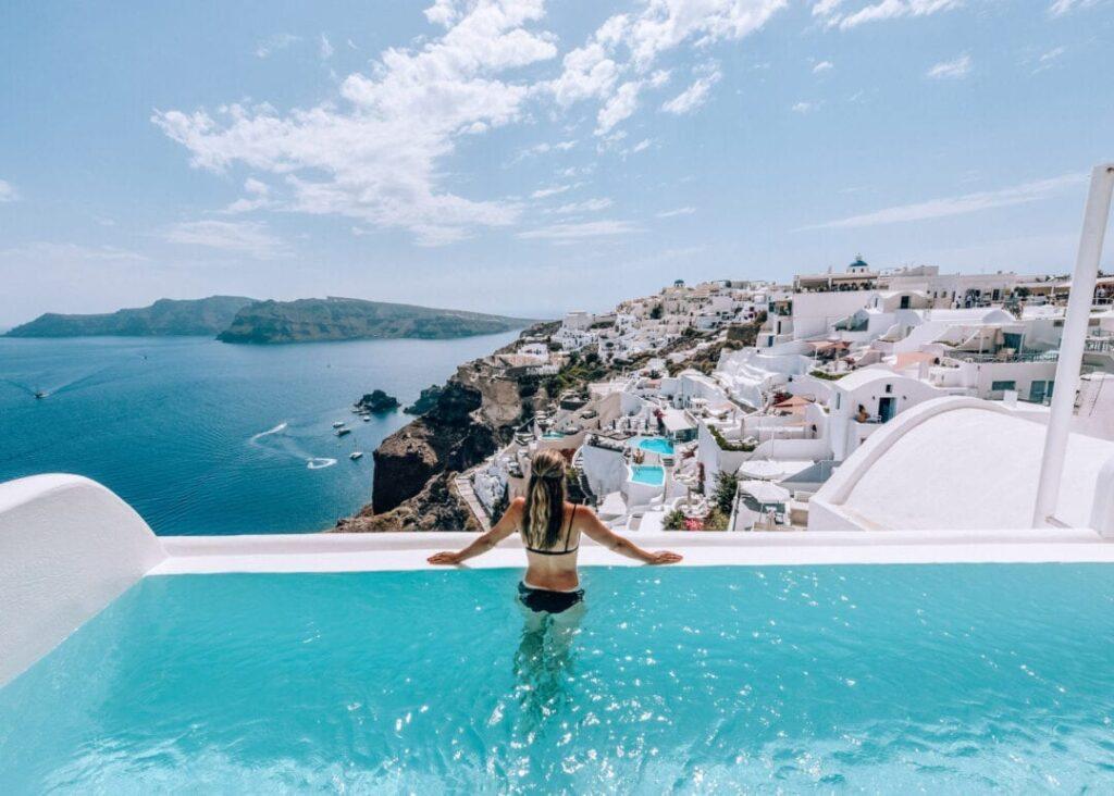 Luxury Destinations in Santorini