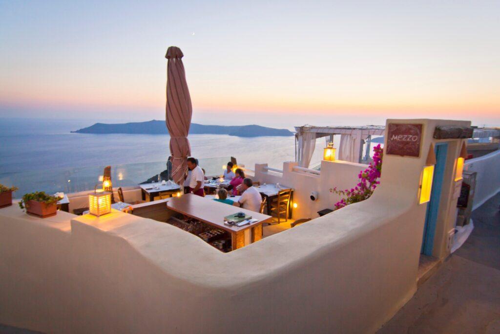 Mezzo Restaurant Santorini