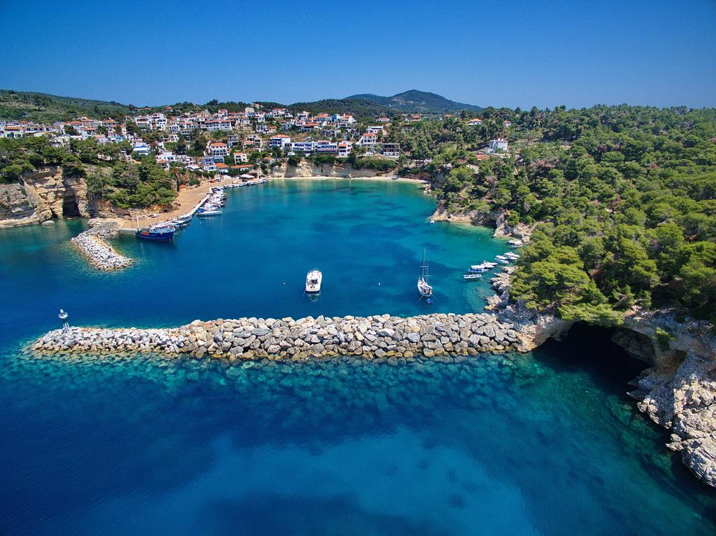 Alonissos Adasında Nerede Kalınır
